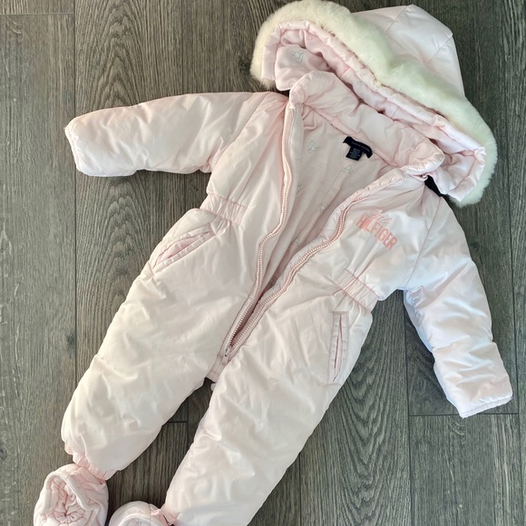 Tommy Hilfiger snowsuit bunting 6-12 months